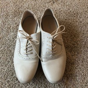 Old Navy Cream Oxfords